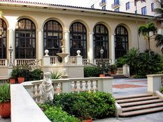 Courtyard At The Breakers Palm Beach Photograph by Maria Keady