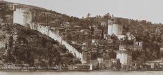 Rumeli Hisarı'nda 17. yüzyıldan tâ 1953'e kadar bir mahalle yaşamıştır Erenler: Kaleiçi Mahallesi...