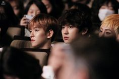 """""""Mi piace"""": 18, commenti: 1 - EXO_CY (@parkchanyeol_63) su Instagram: """"Why you two are sooo lovely?! Specially when you're together  Date: 170216 Event: 4th Edaily…"""""""
