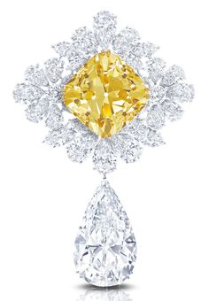 """Among the standout pieces are the """"Royal Star of Paris,"""" Le Collier Bleu de Reve, created with rare diamonds and gems, a trademark of the London-based jeweler."""
