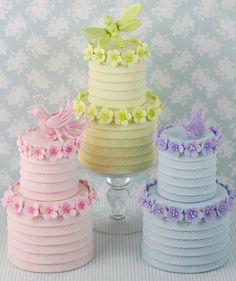 mini gâteaux à deux étages / mini tiered cakes