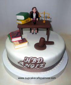 2013 Graduation Cake - http://www.cakedesignsbyedda.com ...