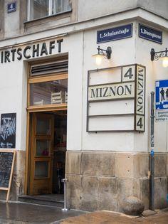 Wien Miznon Restaurant