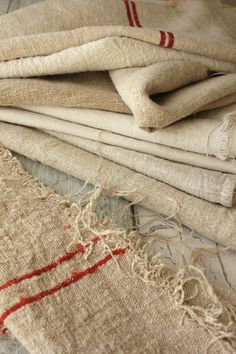 Wonderful bundle of old linens ~ beautiful for pillows and other re-working projects ~ heavy homespun cloth ~ linen / hemp for sewing ~ www.textiletrunk.com