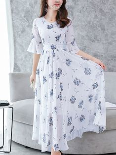 Fashion Chiffon V-Neck Flare Sleeve Print Maxi Casual Dresses - dressesstar Bodycon Dress With Sleeves, Dresses With Sleeves, Floral Chiffon Maxi Dress, Draped Dress, Tulle Dress, Sequin Dress, Half Sleeves, Sheath Dress, Casual Dresses