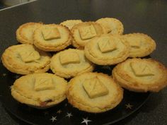 HMMM mince pies  xmas time nibbles