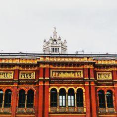 The Victoria & Albert Museum.. #london #vanda #touristattraction #museum #historic #history #victoriaandalbertmuseum #victoriaandalbert #decorative #skylight #pattern #architecture #heritage #tourism #england #artifacts #art #decorative #decorativeart #exhibition