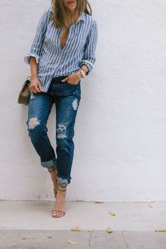 Song of Style fashion inspiration in button-up blouse and distressed denim // Click through for more weekend chic outfit ideas & style inspiration!