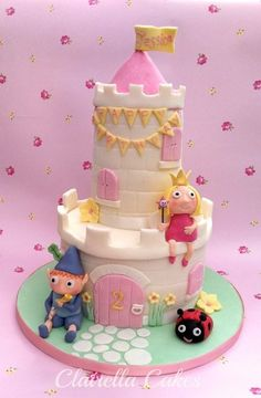 I love Ben & Holly's Little Kingdom so making this cake for little Jessica's birthday was so much fun! My husband does think that Princess Holly looks a bit like me when I've been piping too much – wish I had a cake wand though! Castle Birthday Cakes, Pig Birthday Cakes, Birthday Cake Girls, Birthday Cake Toppers, Castle Cakes, 5th Birthday, Birthday Ideas, Birthday Parties, Ben And Holly Cake