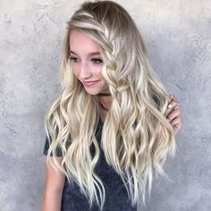 Traumhaftes Hairstyling: Die schönsten Frisuren für lange Haare