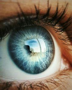 Discover the coolest images Gorgeous Eyes, Pretty Eyes, Cool Eyes, Green Eyes, Blue Eyes, Iris Eye, Foto Macro, Eye Close Up, Aesthetic Eyes
