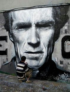 Streetart : Clint Eastwood by Flow TWE CREW  / https://www.inspirationde.com/image/3804/
