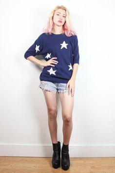 Vintage 1980s Short Sleeve Sweater Navy Blue Off White Star Print Knit Pullover 80s Jumper Preppy Patriotic Americana Chunky Knit M Medium L #1990s #90s #sweater #jumper #star #knit #americana #american #flag #knit #pullover #etsy #vintage