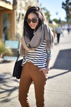 Street style camel & stripes / Add Sinchi™ and scarf / Be chic!