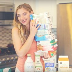 My BIG Vegan Milk Review! I compare non-dairy milk products, from foods like almond, soy, rice, pea and more.