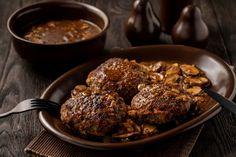 The Salisbury steak in an onion and mushroom sauce is too good. Confort Food, Salisbury Steak, Mushroom Sauce, How To Cook Quinoa, Avocado Salad, Salad Ingredients, Onion, Stuffed Mushrooms, Keto