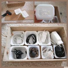 Kabel organisieren und ordnen & Ordnung ins Kabelchaos bringen. Kabel verstauen, sortieren und übersichtlich anordnen. Kabelorganisiation, Kabelaufbewahrung