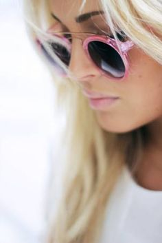 Pink sunnies #JuicyLoves    Retro Sunglasses  {Rita Walls Optometrist, George, South Africa}