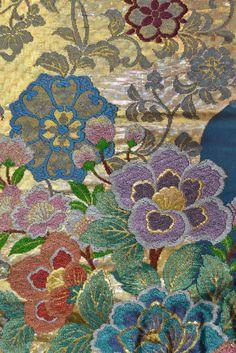Fine details of design on a Wedding Kimono. @chandlerhouse @kimsiebert