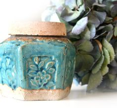 Antique Chinese Pottery Ginger Jar van RareAndCurio op Etsy, $40.00