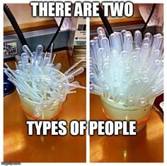 That left one makes me cringe Chemistry Experiments, Science Jokes, Science Geek, Chemistry Jokes, Laboratory Humor, Medical Laboratory Scientist, Phlebotomy Humor, Medical Lab Technician, Funny Labs