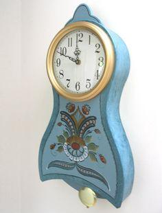 From Arne's Mora Clocks - Small hanging Mora clock - 25x13x4.  Very nice wall clock.