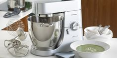 Bring your personal assistant right to your kitchen with ☆ Chef & Major kitchen machines ☆ by Kenwood → Because cooking is passion. Kenwood Appliances, Kitchen Appliances, Kitchen Machine, Hand Blender, Cooking Chef, Toy Kitchen, Mixers, Kitchen Essentials