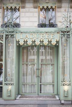 LADUREE, Paris Stone & Living - Immobilier de prestige - Résidentiel & Investissement // Stone & Living - Prestige estate agency - Residential & Investment www.stoneandliving.com