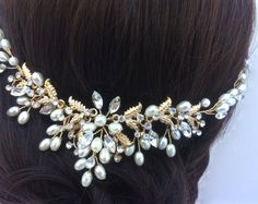 Vintage Style Bridal Headpiece Crystal And Pearl от AGoddessDivine