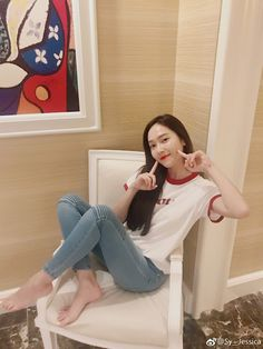 Smile for the lovely Jessica Jung! Smile for the lovely Jessica Jung! ~ Wonderful Generation ~ All About SNSD, Wonder Girls, and f(x) Kpop Girl Groups, Korean Girl Groups, Kpop Girls, Jessica & Krystal, Krystal Jung, Jessica Jung Instagram, Girls Generations, Jessi Kpop, Girls Generation Jessica