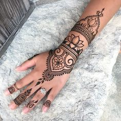 "2,184 Likes, 9 Comments - Bella Henna (@bellahenna) on Instagram: ""lotus flower #hennacuff """