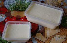 TAVENY SYRTvaroh utřeme s jedlou sodou, postupně přiléváme mléko a vymícháme...