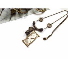 b4c61af9659 Collier sautoir steampunk rétro sablier résine montre gousset et perles de  cristal