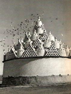 Egypt. The Pigeons House, 1954 // Trésor de l'Egyptepar Samivel. Editions Arthaud
