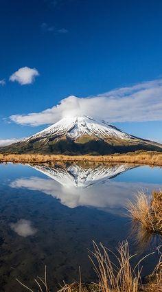 Mount Taranaki, Pouakai tarn reflection - New Zealand