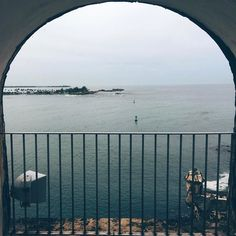 La bahía  #ocean #sea #bay #puertorico #nature #windowseat #elmorrocastle #atlanticocean #beauty #discoverearth #calm #breathtaking