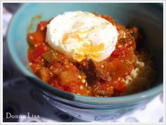 Imagen: donnabiolisa.blogspot.com   Necesitamos   2 berenjenas medianas peladas y cortadas en cuadraditos  Sal y pimienta  1/4 taza de ace...