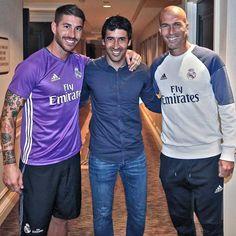 club de fansUna visita con clase. El gran @RaulGonzalez  A visit from a class act.  The great @RaulGonzalez  #HalaMadrid