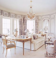 Traditional Living Room by Michael Simon Interiors Inc. and Smith Architectural Group in Palm Beach, Florida Living Room Grey, Home Living Room, Living Room Designs, Living Room Decor, Living Spaces, Living Area, Interior Exterior, Home Interior Design, Home And Deco