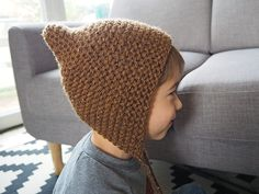 "for my fairly youngsters, however not solely …: The tutorial of the ""pixie hat"" or little pointy crush on Félix Baby Hats Knitting, Knitting For Kids, Knitting Stitches, Knitted Hats, Pixie, Tricot Baby, Crochet Vintage, Knit Crochet, Crochet Hats"