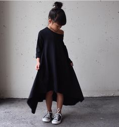 54 Ideas for baby diy dress kids fashion Little Fashion, Baby Girl Fashion, Kids Fashion, Pinterest Baby, Little Girl Dresses, Girls Dresses, Baby Fashionista, Stylish Kids, Diy Dress