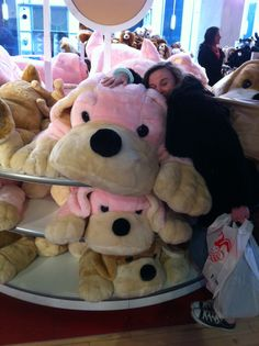 Loving the massive teddy in the toy shop!
