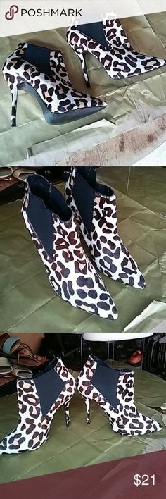 """Sexy Booty shoes 3 1/2 """" heel Calve hair very comfortable like new Steve Madden Shoes Ankle Boots & Booties"""