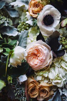 David Austin and Garden roses, Anemones, Hydrangea & Dusty Miller // Mildred&Co