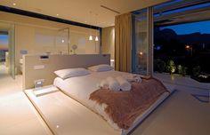 Moderne inrichting van de master bedroom #slaapkamer #design #modern