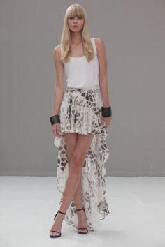 ALEXIS Benett Skirt//  love this skirt!!!