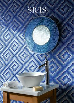 "Mirror: Dalad Ø 50 cm · 19 5/8"" or Ø 100 cm · 39 3/8"" #Sicis #Bathtub #Mosaic #InteriorDesign"