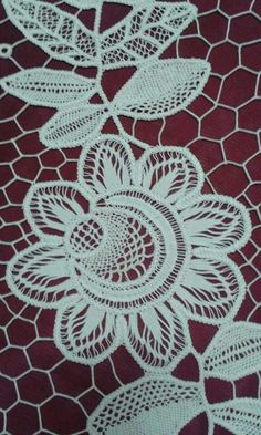 17 best images about lace crochet on Crochet Unique, Crochet Motif, Irish Crochet, Crochet Designs, Crochet Lace, Crochet Stitches, Hardanger Embroidery, Embroidery Stitches, Hand Embroidery