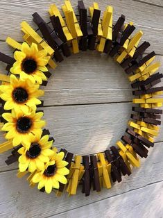 Your place to buy and sell all things handmade Deco Mesh Wreaths, Fall Wreaths, Door Wreaths, Burlap Wreaths, Grapevine Wreath, Wreath Crafts, Diy Wreath, Tulle Wreath, Wreath Ideas