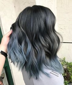 This, but with dark black on top and melting into the light blue/silver color. I love it!
